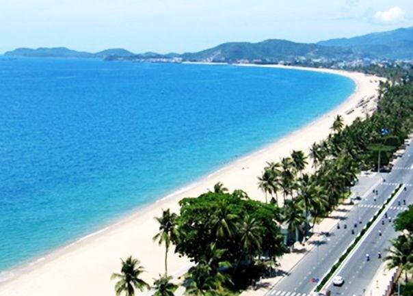 Da Nang's tourism revenue surges over 30 percent hinh anh 1
