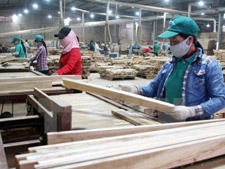 Wood fair focuses on competitiveness hinh anh 1