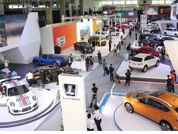Vietnam International Motor Show 2015 opens in Hanoi hinh anh 1