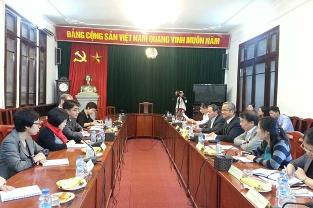 ILO supports Vietnamese trade unions hinh anh 1