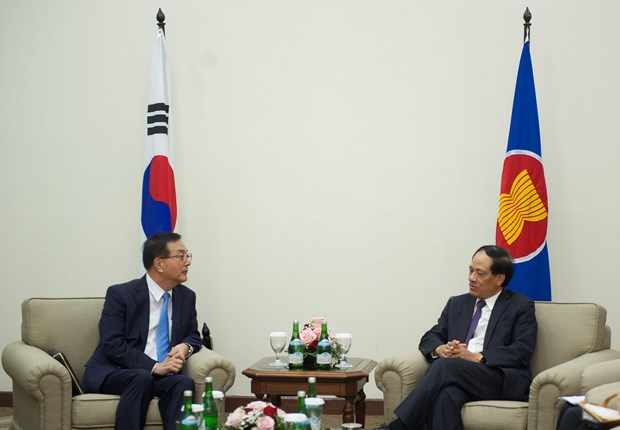 ASEAN backs peace efforts in Korean Peninsula hinh anh 1