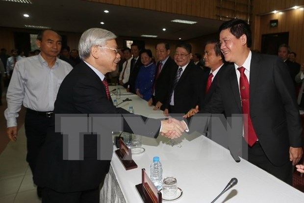 Party chief commits support to entrepreneurs hinh anh 1