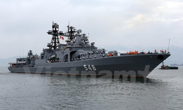 Russian Navy fleet visits Da Nang city hinh anh 1