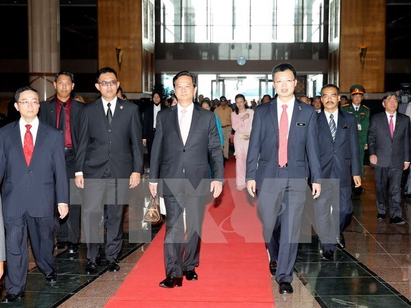 Prime Minister's official Malaysia visit to lift all-round links hinh anh 1