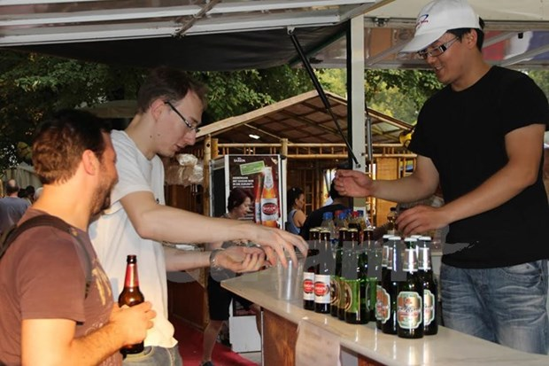 Ceremony marks VN's 15-year presence in Berlin beer festival hinh anh 1