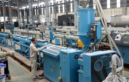 Low input prices encourage local companies hinh anh 1