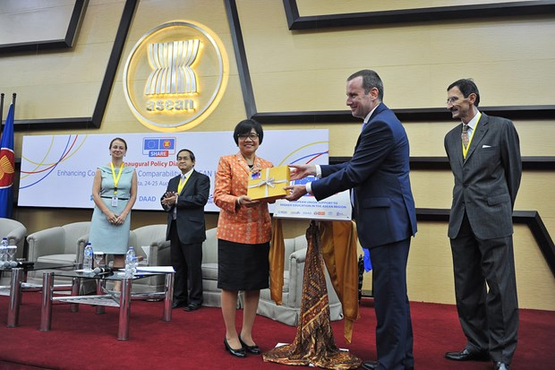 ASEAN, EU work to ensure higher education quality hinh anh 1