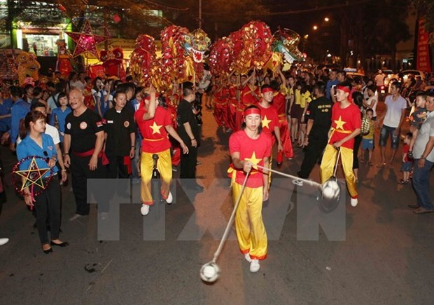 Can Tho culture highlighted at mid-Autumn festival in Hanoi hinh anh 1