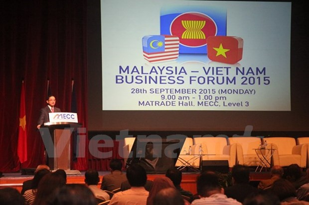 Forum in Malaysia presents Vietnam's business environment hinh anh 1