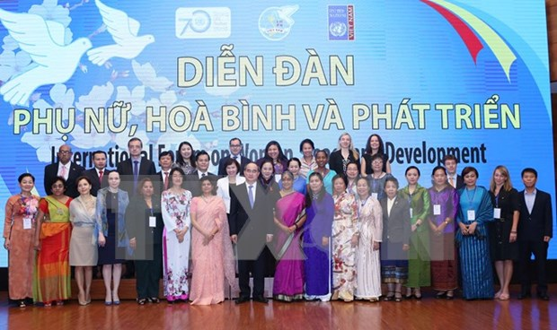 Hanoi forum discusses women's role in equality, development hinh anh 1