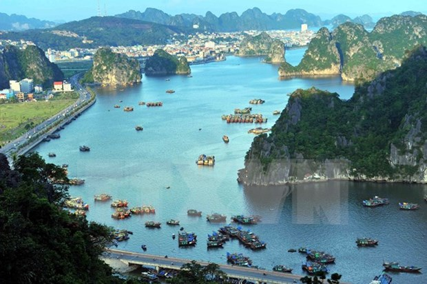 Quang Ninh succeeds in luring investment hinh anh 1