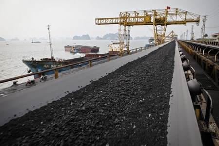 Vinacomin to import coal in 2016 hinh anh 1