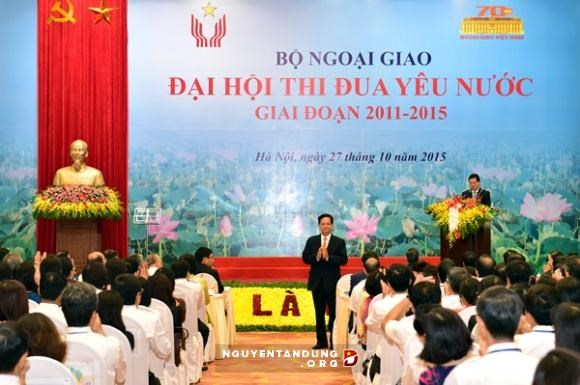 Emulation must be bound with foreign relation work: PM hinh anh 1