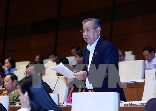 Legislators comment on socio-economic performance hinh anh 1