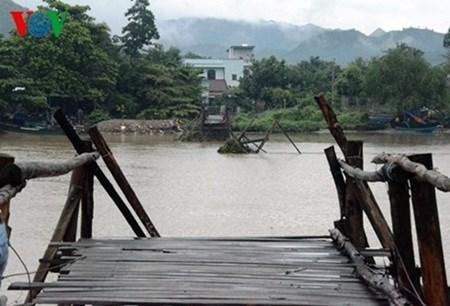 Heavy rain kills eight in central Vietnam hinh anh 1