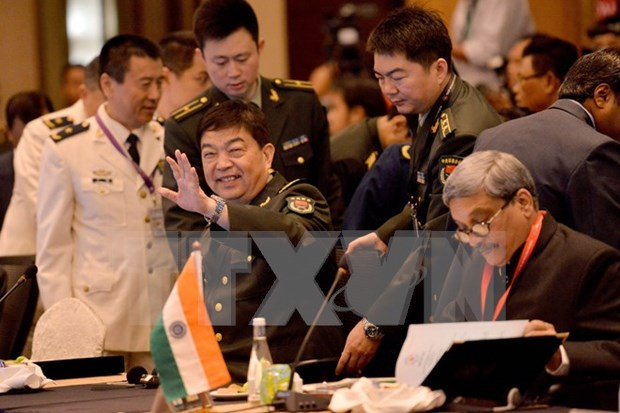 China, Malaysia pledge to increase defence cooperation hinh anh 1