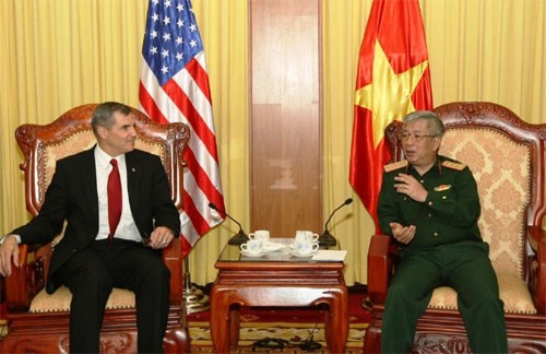 Vietnam, US seek closer ties in war consequence settlement hinh anh 1