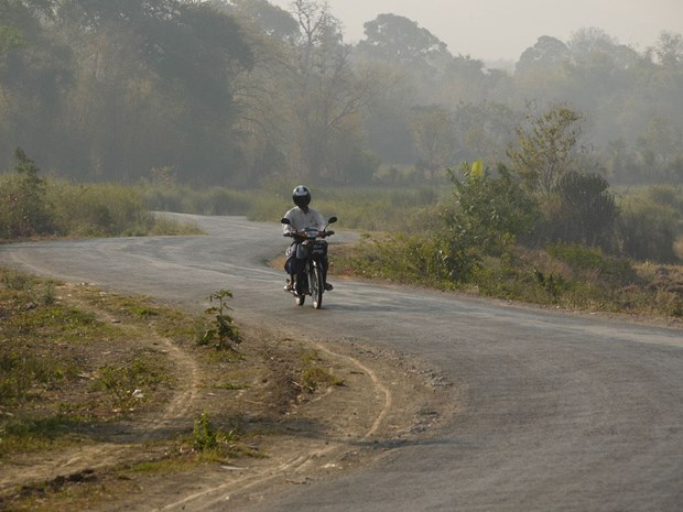 ADB loan to help upgrade GMS corridor route hinh anh 1