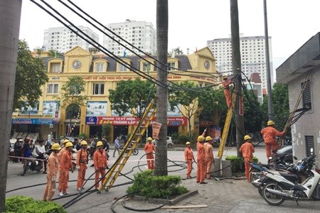 Deputy PM urges fire safety for high-rises hinh anh 1