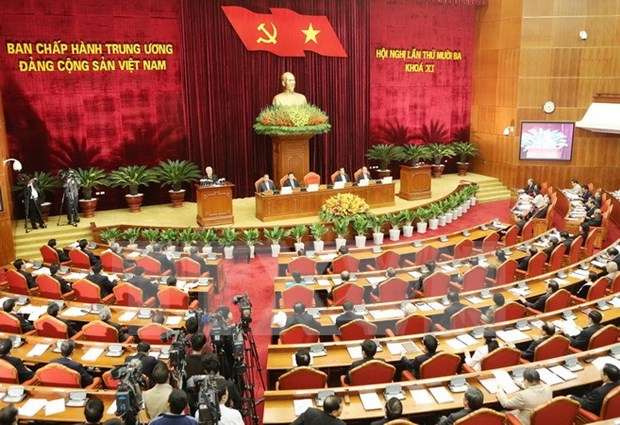 Party Central Committee's 13th meeting on first working day hinh anh 1