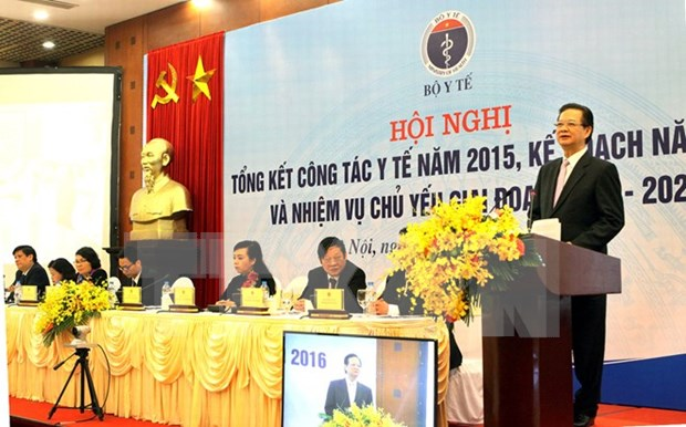 PM: Health sector makes strides in public health care hinh anh 1
