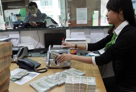 Banks looking to hire more in 2016 hinh anh 1