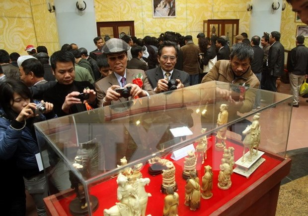 1,000 antiques auctioned for charity in Nam Dinh hinh anh 1