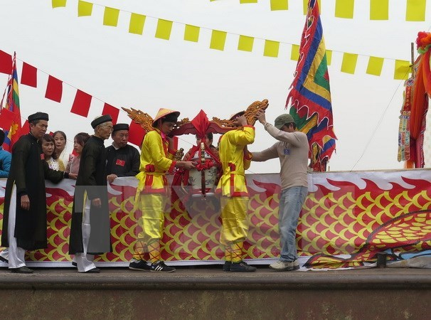 Thai Binh's Tran Temple Festival kicks off hinh anh 1