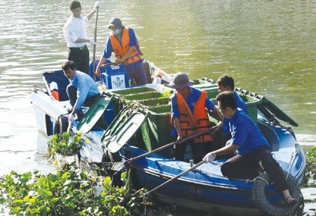 HCM City needs 603 million USD to clean canals hinh anh 1