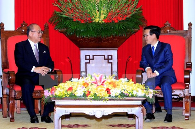 Japanese special advisor pledges contributions to ties with Vietnam hinh anh 1