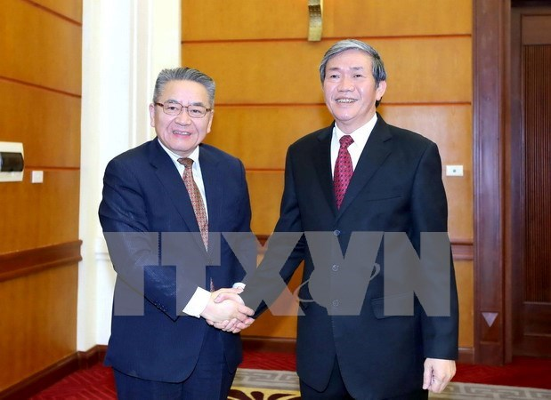 Vietnamese, Japanese Party officials meet in Hanoi hinh anh 1