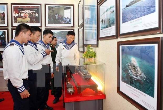Hoang Sa, Truong Sa exhibition opens in Gia Lai province hinh anh 1