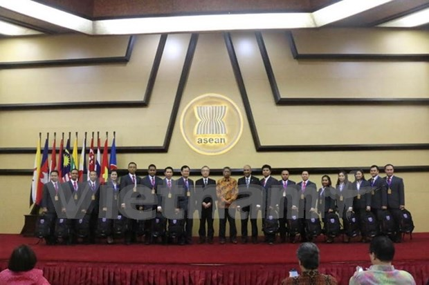 Vietnam attends ASEAN's disaster adaptation training course hinh anh 1