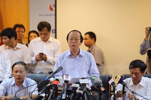 Systematic research needed to find fish deaths' cause: official hinh anh 1