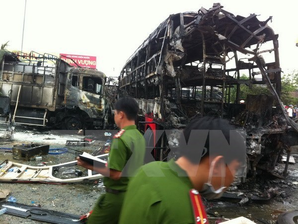 Stricter traffic law adherence ordered after Binh Thuan coach crash hinh anh 1