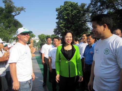 Hanoi kicks off activities to mark World Environment Day hinh anh 1