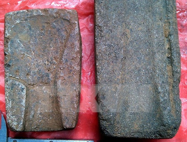 Dong Son-era bronze casting moulds found in Yen Bai province hinh anh 1