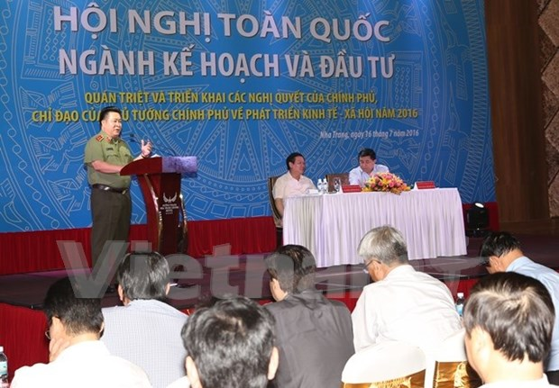 Integrated solutions required to attain 2016 socio-economic targets hinh anh 1