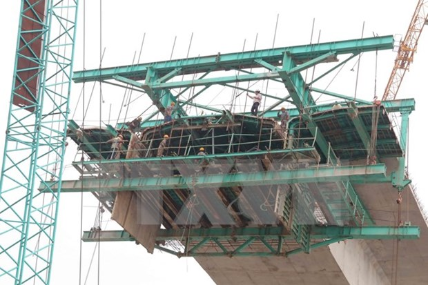 State-owned construction companies equitised at slow pace hinh anh 1