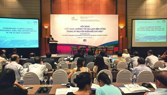 Vietnam looks toward sustainable tourism development hinh anh 1