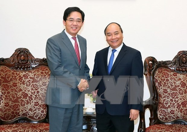 Vietnam consistently treasures relationship with China: PM hinh anh 1