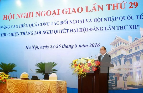 Int'l economic integration promotion – focal diplomatic task: PM hinh anh 1
