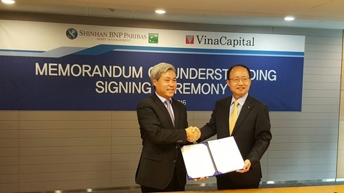 VinaCapital, Shinhan to cooperate on investment products hinh anh 1