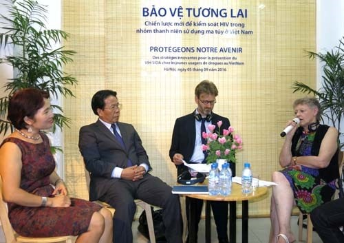HIV prevention project launched hinh anh 1