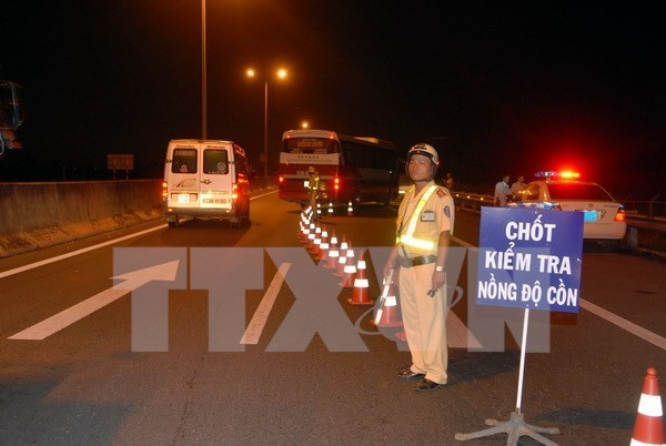 Alcohol – major cause of traffic accidents hinh anh 1