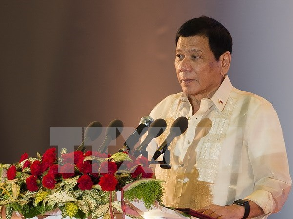 Philippine President begins official visit to Vietnam hinh anh 1