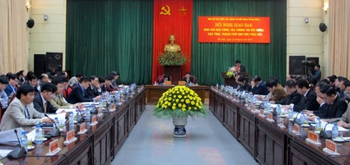 Localities urged to promote external information service hinh anh 1