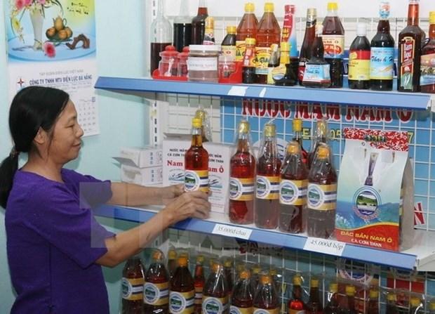 Ministry slams Vinastas fish sauce survey hinh anh 1