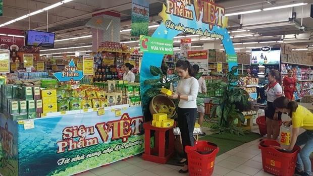 Big C halt of Vietnamese apparel purchase sparks distributors' concern hinh anh 2
