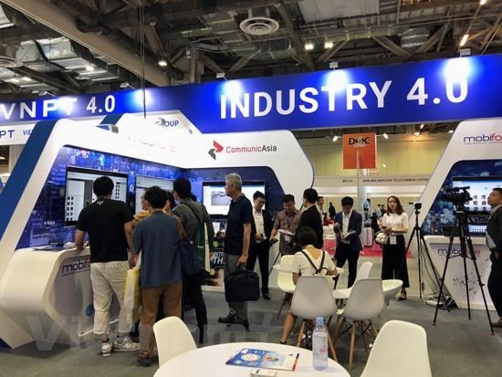 CommunicAsia 2019: Imprint of 'Make in Vietnam' technology products hinh anh 1